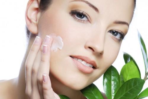 Những kem có chứa các thành phần chống oxi hóa sẽ giúp bảo vệ da, chống lão hóa da hiệu quả