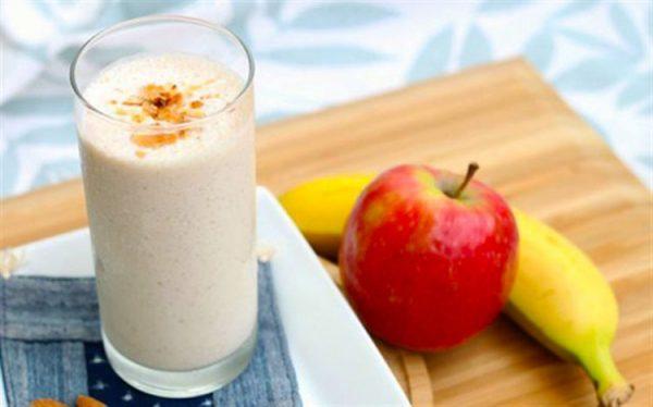 Detoc táo chuối và rau sạch giúp giảm cân hiệu quả