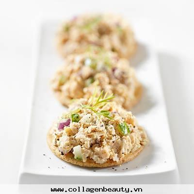 thực phẩm tốt sau khi tập, sữa chua và các loại quả, trứng luột và cà rốt, giải lao với cá ngừ và bánh quy, thực phẩm cần tránh, bánh mỳ trắng chứa nhiều tinh bột, các loại rau chứa nhiều chất xơ